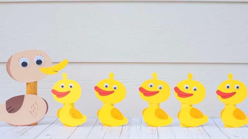 5 اردک کوچک به همراه مادرشون